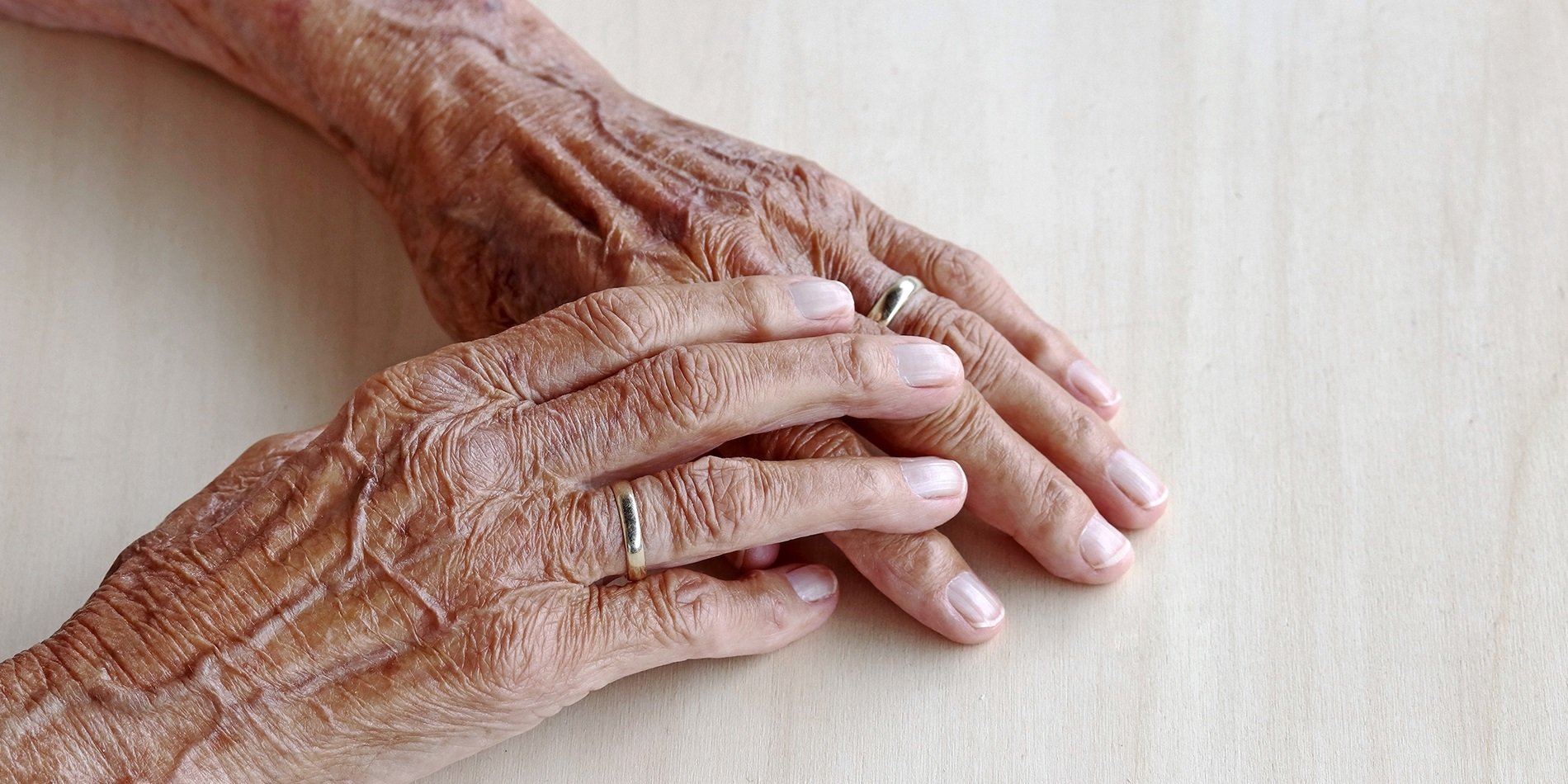 Traitement de l'hypertension chez la personne très âgée et..